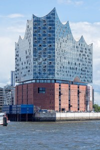 Elbphilharmonie, By Avda (Own work) [CC BY-SA 3.0], via Wikimedia Commons