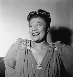 Ella Fitzgerald (1946), William P. Gottlieb [Public domain], via Wikimedia Commons